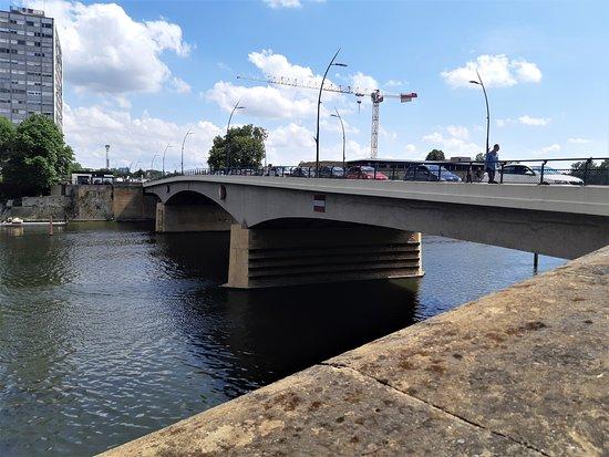 Pont Des Alliés