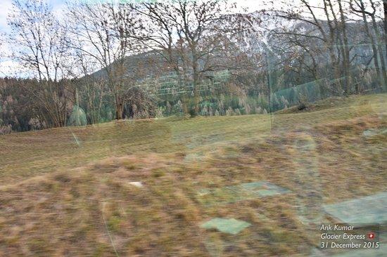 Glacier Express en route to St Moritz🇨🇭