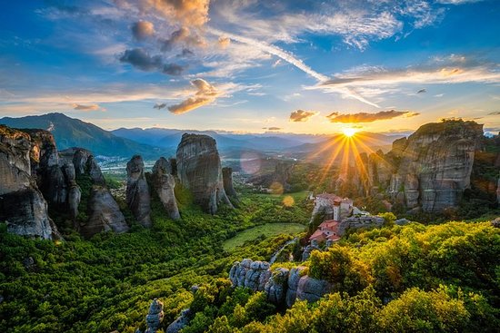 Mercedes Luxury Private Tour Meteora...