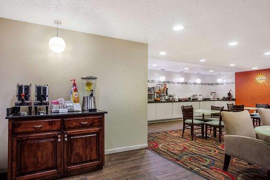 La Quinta Inn by Wyndham Decatur: Property amenity