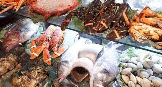 Mariscos y pescados frescos