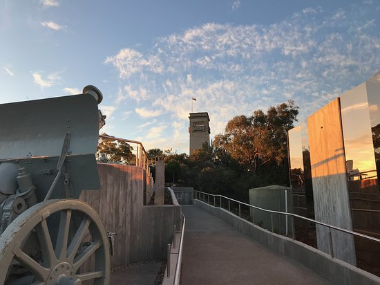Rocky Hill War Memorial and Museum