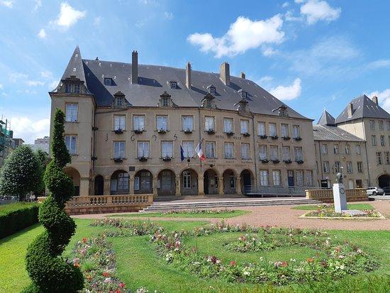 Hôtel De Ville De Thionville