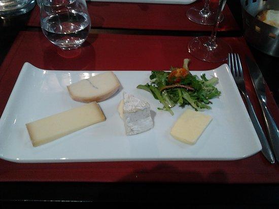 09 Assiette de 3 fromage