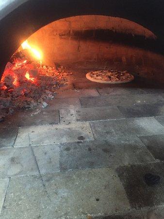 Devin, Bulgaria: Restorant Ostrovu