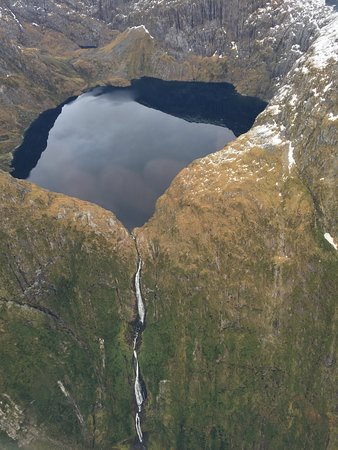 Milford Sound Scenic Flyover ex Queenstown: Sutherland Falls