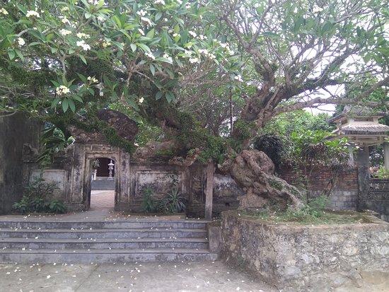 Ly Thuong Kiet Temple