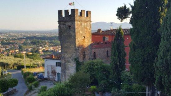 Foto Buggiano Castello