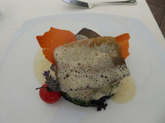 Steckborn, Švajcarska: Die Forelle auf schwarzem Reis für Fr. 42.-.