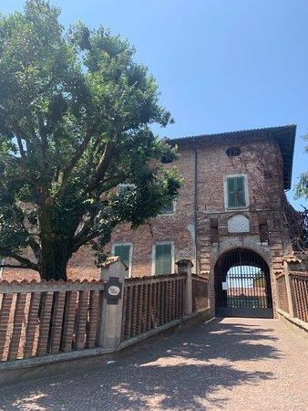 Castel Merlino e il Borgo Medievale