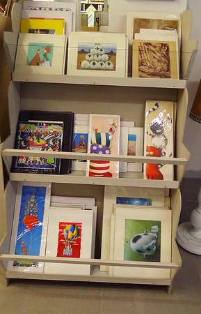 Graphics and prints of many artists