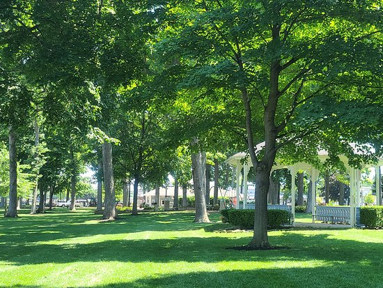 DeRivera Park