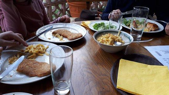 Udersdorf, Đức: Stärkung für hungrige Wanderer