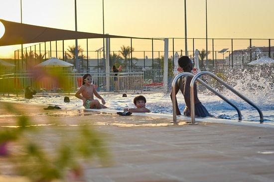 Al Warsan Pool