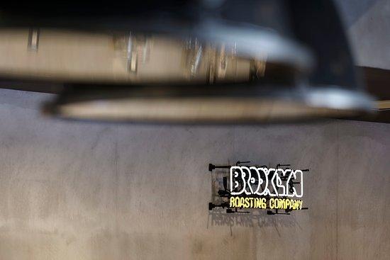 Brooklyn Roasting Company 岸和田店の内観。