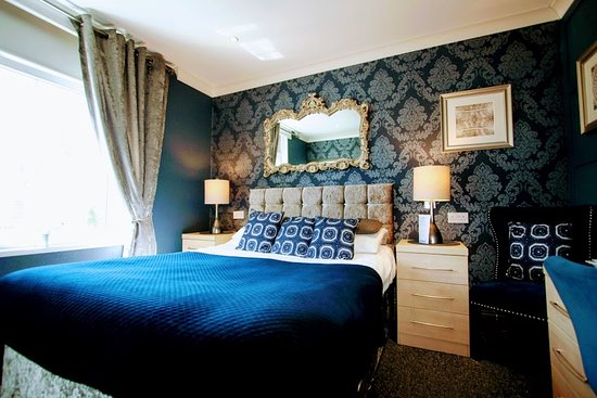 A deluxe Superior Room, with Free Wifi, Google Assistant, SMART TV and complimentary Breakfast in our very own Coffee Shop