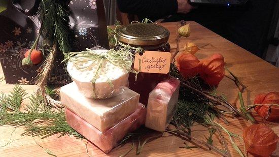 Alcuni miei prodotti: Miele e saponette naturali