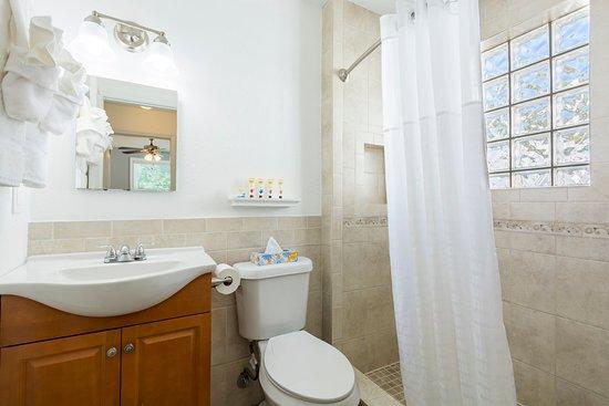 Walk-in shower (units 1, 2, 5, & 6)