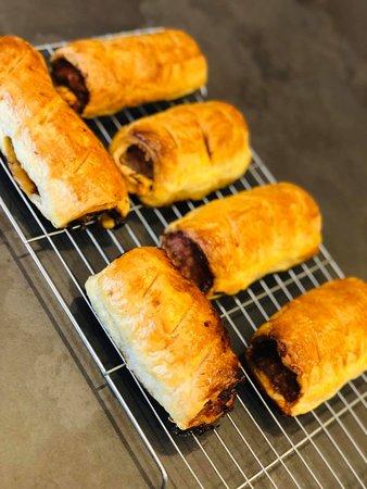 Homemade Cumberland & chutney sausage roll