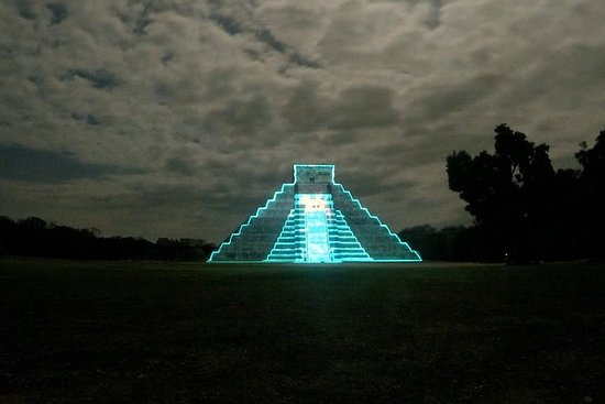 Nights of Kukulkan - Light & Sound Show
