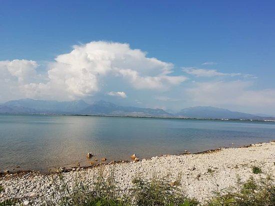 ألبانيا: Albania