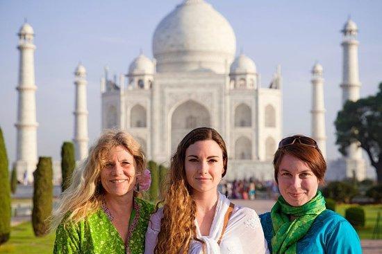 Car Rentals Agra