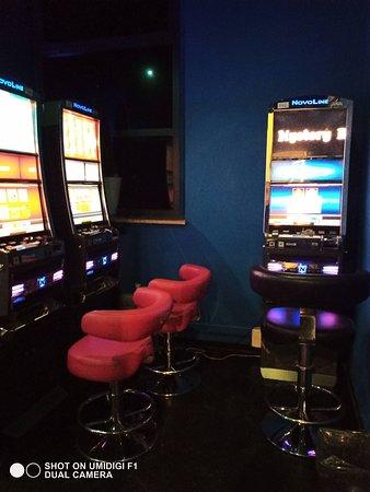 Interno Sala Slot