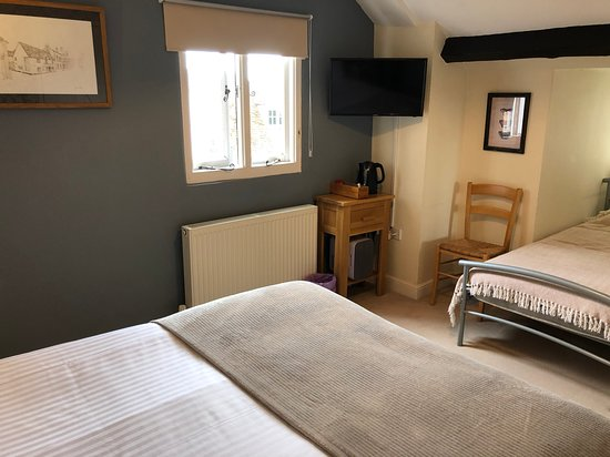 Room 1 (attic room) quiet double or family room.