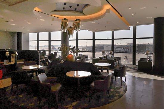 יונייטד איירליינס: UA923 Los Angeles to London 787-9 (#3964) Polaris Seat 3E  - New United Polaris Lounge in T7 at LAX