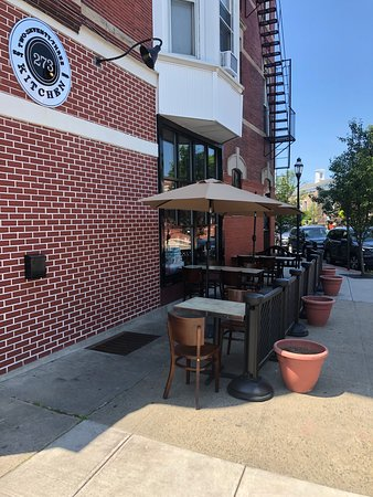 Harrison, NY: very cool outside seating