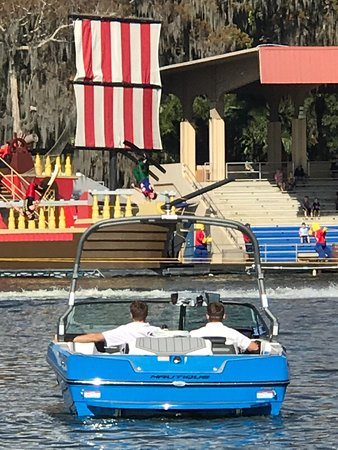 The Pontoon Boat Tours at LEGO Land Florida Resort, Pirate 🏴☠️ Island Hotel, The Beach Retreat, and The LEGO Land Hotel is a fun filled family adventure 😎💦⚓️🚤🐊