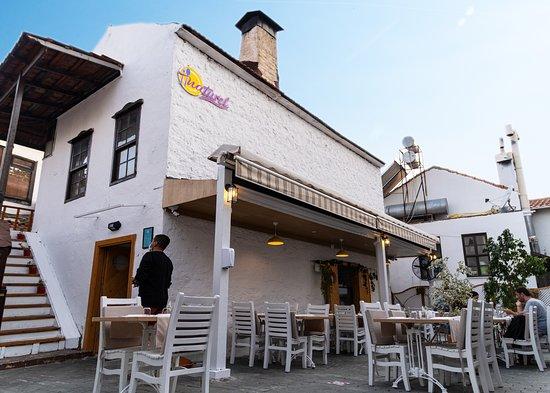 Naturel Restoran Kaş, Dış mekan