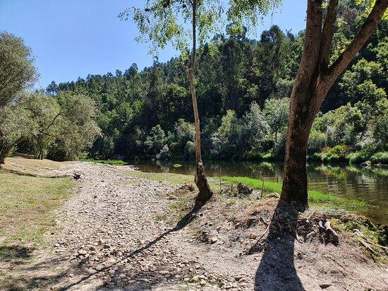 Praia Fluvial de Cavez