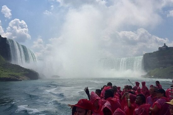 Private Group Niagara Falls Day Tour...