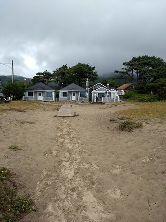 looking back at the cottages from the beach path