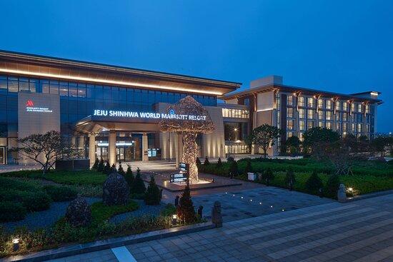 Marriott Jeju Shinhwa World Hotels & Resorts