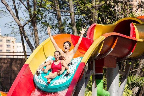 Sunway Lagoon Theme Park Ticket and 1...