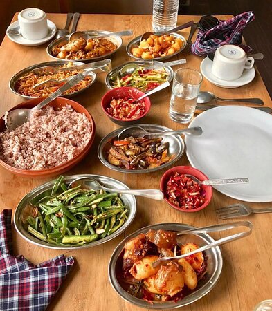 "Yummy 😋 Bhutanese food 🥘    Come back to Bhutan after the pandemic 😋    "" Organic, spicy and yummy food awaits you ""  # travel  #bhutan  #bhutantours  #bhutanvisa   #yelhabhutan  # bhutantravel"
