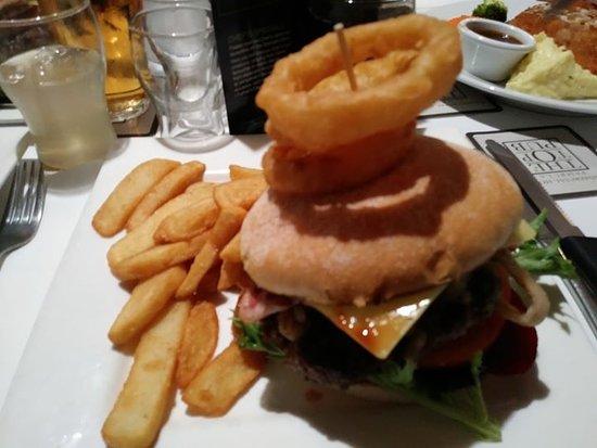Top Pub Burger with bacon.