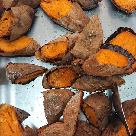 Jardineira, Robalo, arroz de alho, batata a murro. 😉 #MeryDoceMeryPaixão-Pela-Comida-caseira