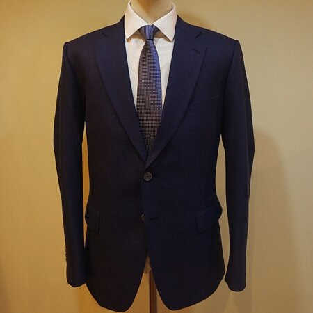 Dark Blue Business Suit by Stylo's Collection .  We are praised for top-notch quality tailoring and workmanship for over two decades. We tailors and manufacture for brands for Brands and entrepreneurs worldwide.   Visit our showroom, order online or contact us for business partnership.   Email : styloitbkk@gmail.com WhatsApp +66 8 9783 6661  Website: www.stylocollection.com  #Styloscollection #Fashion #GQ #Bespoke #Suit #Business_Suit #Tailor #Mastertailor #Kenny #Bangkok_Best_Tailor