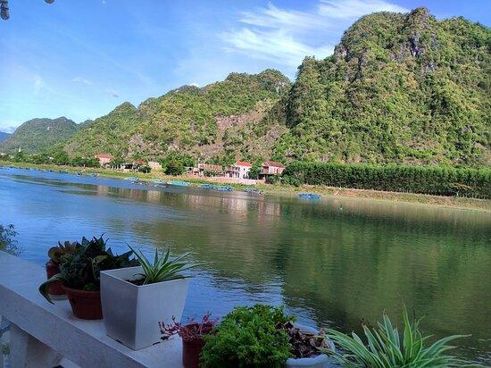 Quang Binh Province, Vietnam: Món ăn đậm đà, giá cả phải chăng