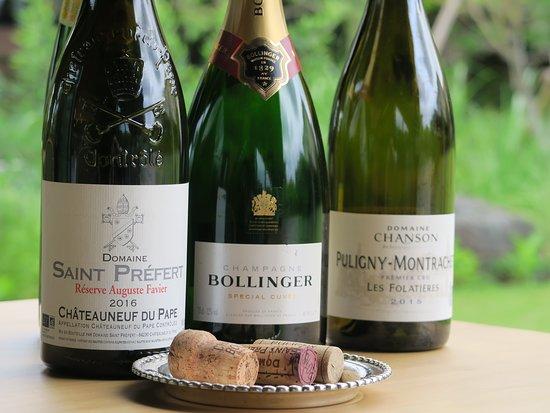 フランスワインを中心に各種取り揃えております。