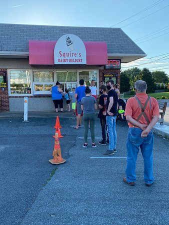Squire's Dairy Delight social distancing line