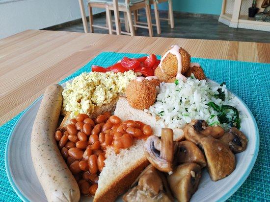 Venda do Pinheiro, Portugal: Mix brunch, buffet, English breakfast
