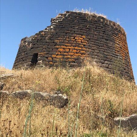 Nuraghe Oes. Giave ( Provincia di Sassari)