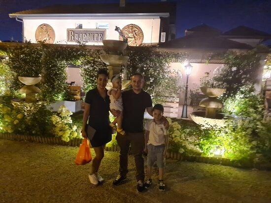 Ornex, ฝรั่งเศส: Restaurant toop