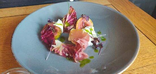Mozzarella, fig and Parma ham