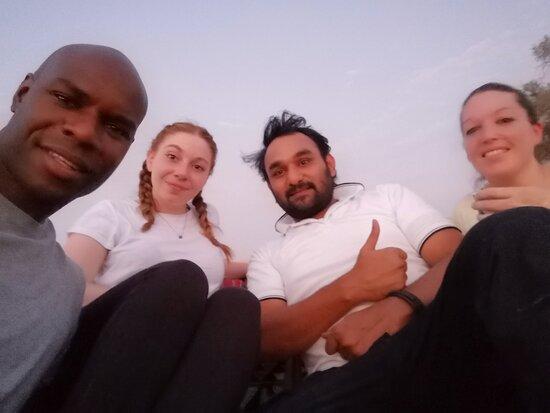 La grande expérience dans le désert d'Abu Dhabi