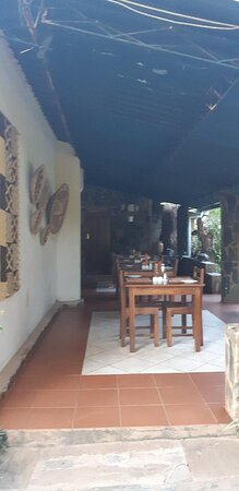 Mkushi, Zambia: Only outdoor dining space open these days